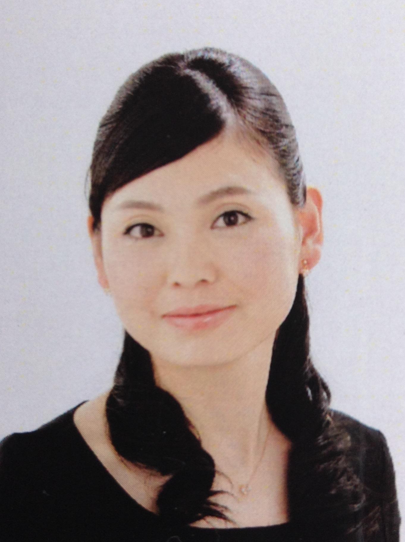 小松奈津子 (こまつ なつこ)